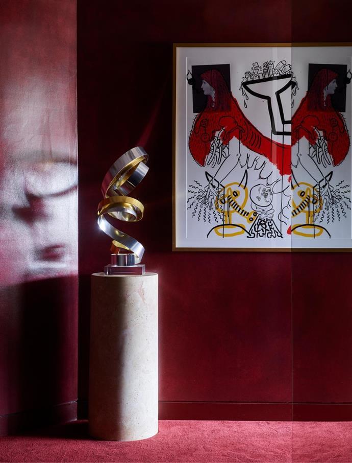 Dan Murphy sculpture; Keith Haring artwork.