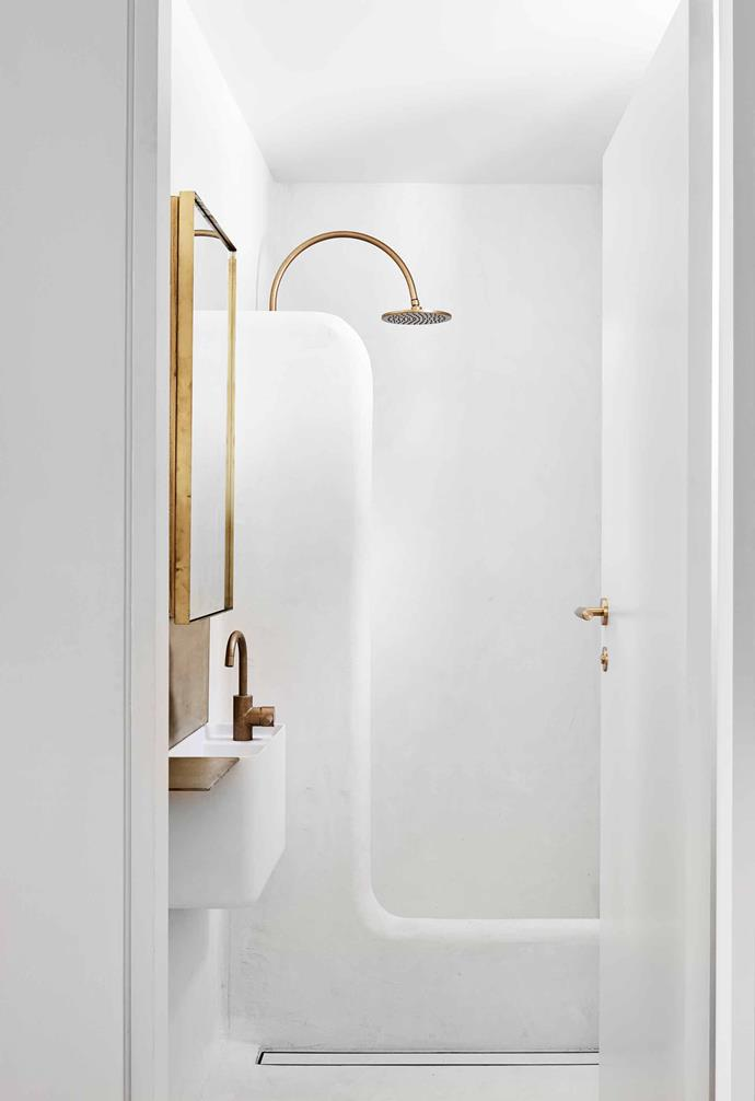 "**Bathroom** Soft-edged tadelakt plaster, which has natural antibacterial qualities and water resistance, contrasts with the Eco Brass tapware by [Astra Walker](https://www.astrawalker.com.au/|target=""_blank""