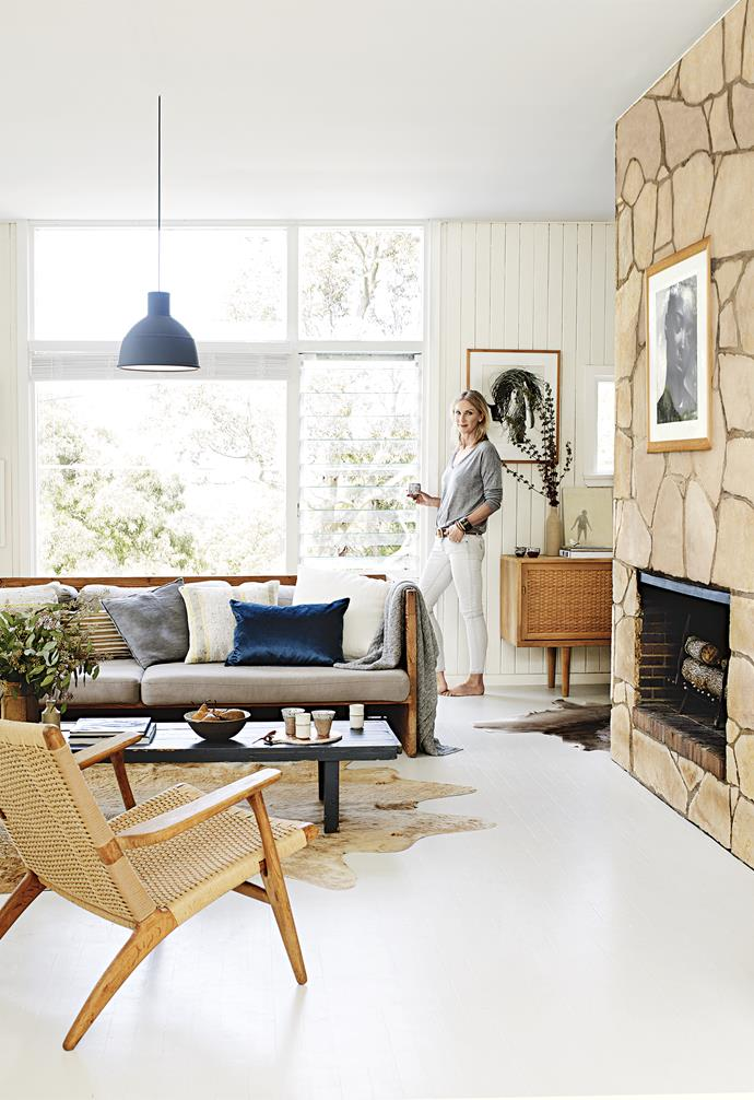 """Karen works as an interior stylist and buyer, consulting to interior companies such as [Vampt Vintage Design](https://vamptvintagedesign.com/