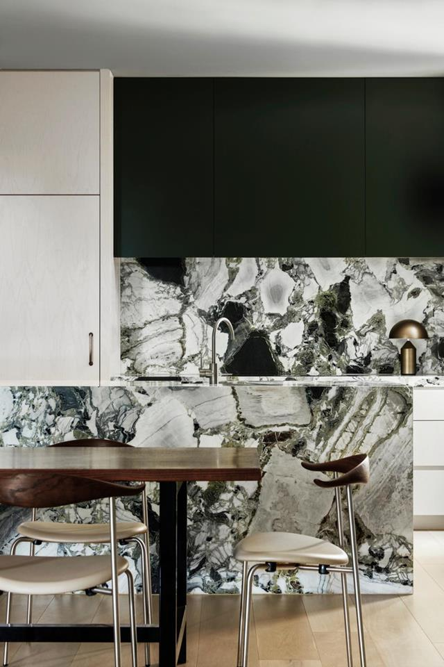 """Swathes of green convey verdant energy and a harmonious mood within this [luxurious St Kilda home](https://www.homestolove.com.au/luxurious-yet-relaxed-apartment-in-st-kilda-21728