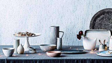 10 cake stands for your cooking creations