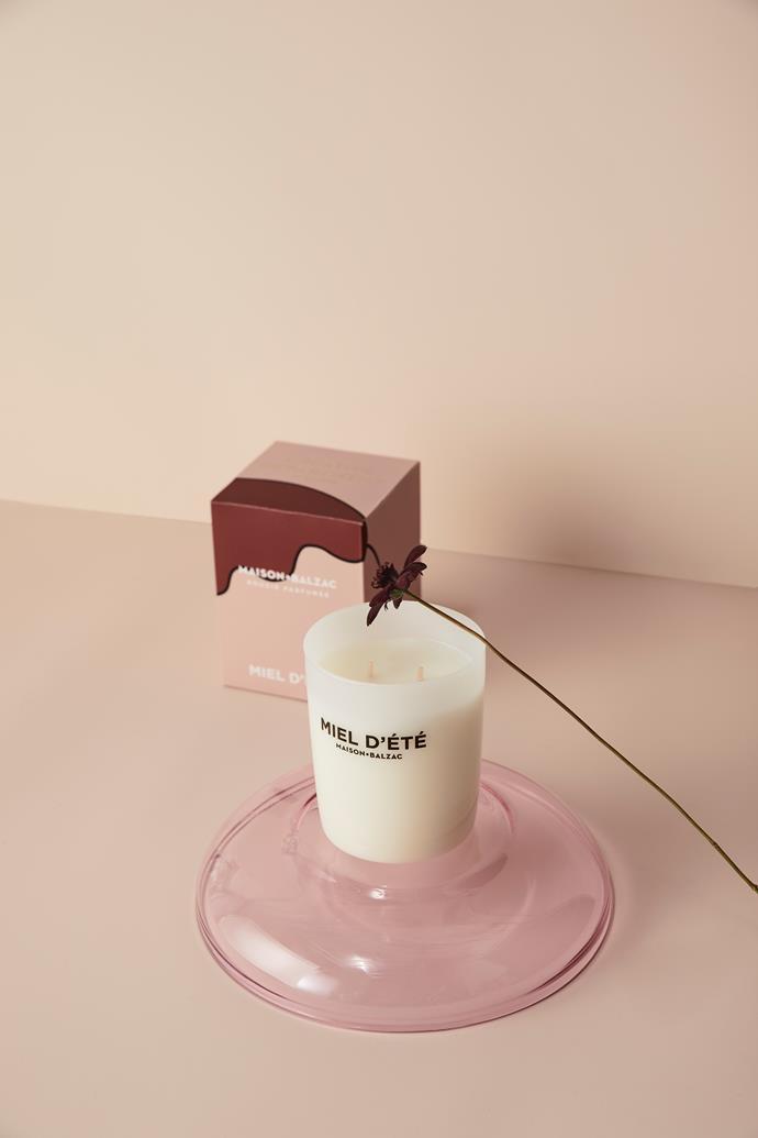 "Miel D'ete candle, Bergamot, Hyacinth, Earthy, $69, [Maison Balzac](https://www.maisonbalzac.com/products/miel-dete|target=""_blank""|rel=""nofollow"")"