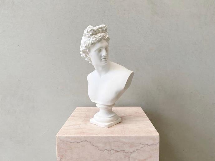 "Figure Feminine Apollo Sculpture, $270, [en gold](https://engold.com.au/collections/figure-feminine/products/apollo-bust-sculpture|target=""_blank""|rel=""nofollow"")"
