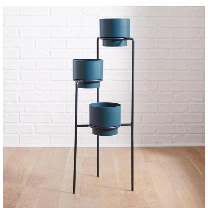 """Two-tone metal planter and stand, $249, [West Elm](https://www.westelm.com.au/two-tone-metal-planter-and-stand-d7619?quantity=1&attribute_1=Triple