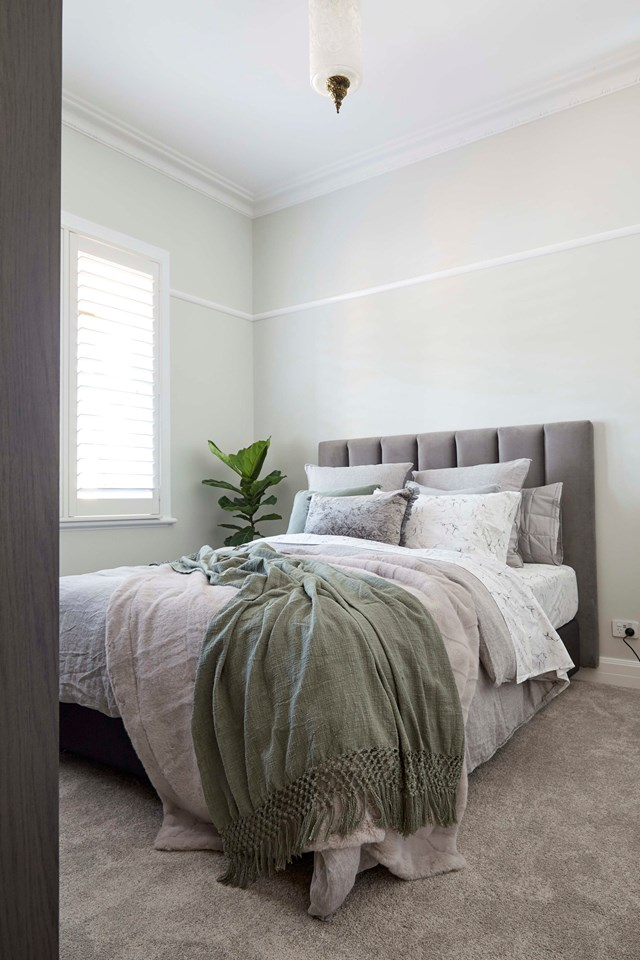"**Week 1, Guest Bedroom** Many 1930s houses have a strong Art Deco influence in Australia and Daniel and Jade have decided to embrace this in their home. Their [guest bedroom](https://www.homestolove.com.au/the-block-2020-guest-bedroom-reveals-21780|target=""_blank"") features an old pendant they found under the floor and a ceiling rose that Jade sourced to nod to the period."