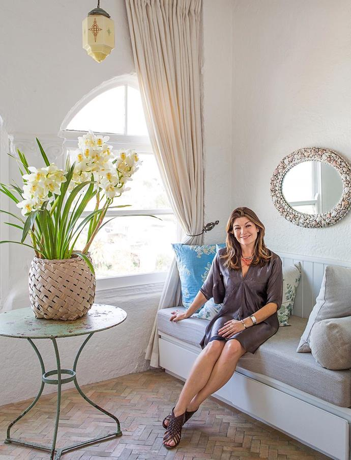 "A large phalenopsis orchid adds lustre to [interior designer Sarah Davidson's airy Sydney sanctuary](https://www.homestolove.com.au/interior-style-q-and-a-interior-designer-sarah-davison-1931|target=""_blank""). Photo: Felix Forest 