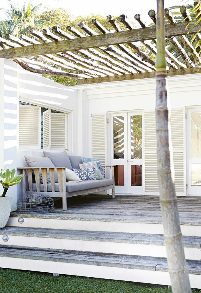 "When John and Meryl Greaves embarked on the renovation of their Palm Beach [beach house](https://www.homestolove.com.au/10-beautiful-beach-shacks-19012|target=""_blank"") they knew that their son-in-law Rory Unite was the perfect man to helm the project. Sharing a mutual heritage and love for South Africa, as well as with Rory's [furniture design](https://www.homestolove.com.au/custom-furniture-australia-19598