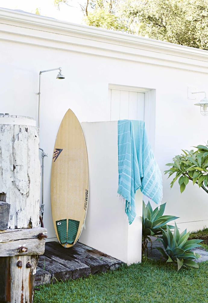 "**Sun shower** With the beach so close, and owner John being a keen kayaker (""we're only 50 metres from Pittwater,"" he says), an [outdoor shower](https://www.homestolove.com.au/outdoor-shower-ideas-19532