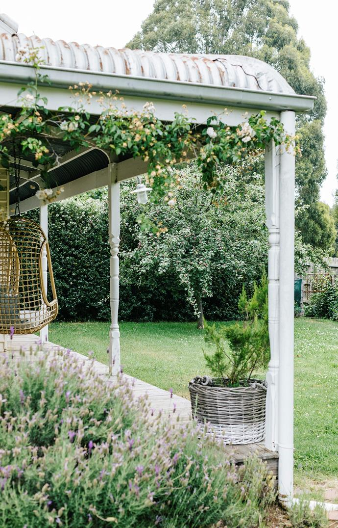 The Estate Trentham verandah provides a relaxing oasis with a pleasant outlook onto the gardens.