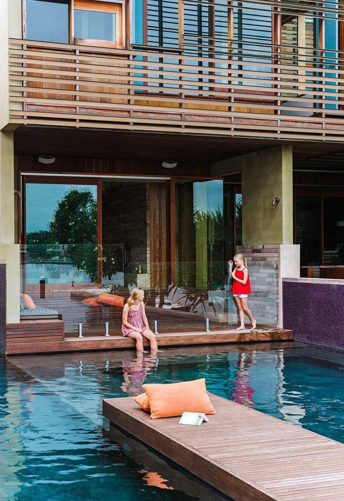 """This [contemporary home in Brisbane](https://www.homestolove.com.au/eastern-aesthetic-inspires-new-build-in-brisbane-3805