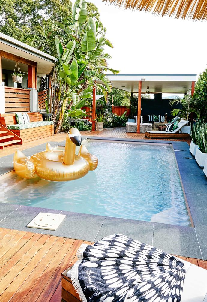 """This [contemporary beach house](https://www.homestolove.com.au/a-modern-industrial-country-home-with-style-3930