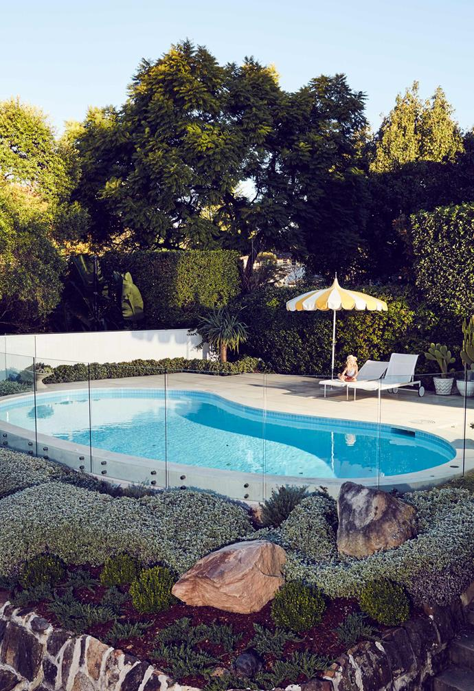 """[Comedian Tim Ross's home](https://www.homestolove.com.au/comedian-tim-ross-original-1950s-home-3980