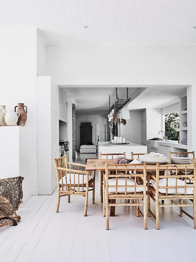 "A weathered timber dining setting off the open-plan kitchen is where the owner of this [modern rustic home in Sydney](https://www.homestolove.com.au/modern-rustic-interior-design-21024|target=""_blank"") entertains her family and friends on a weekly basis."