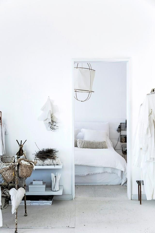 """An all-white colour scheme makes for a dreamy retreat in this [coastal-French Provincial style home](https://www.homestolove.com.au/coastal-french-provincial-home-7155
