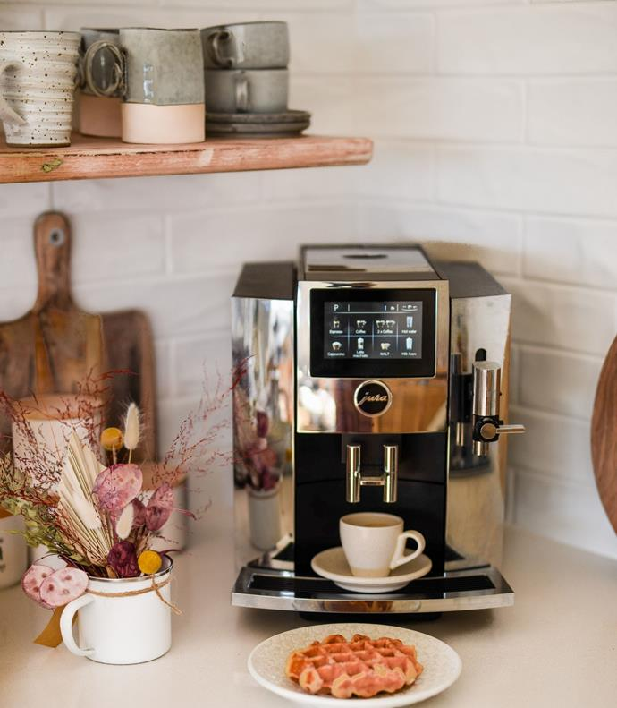 Jura's fully automated coffee machine's use freshly ground coffee beans to produce premium coffee at the touch of a button.