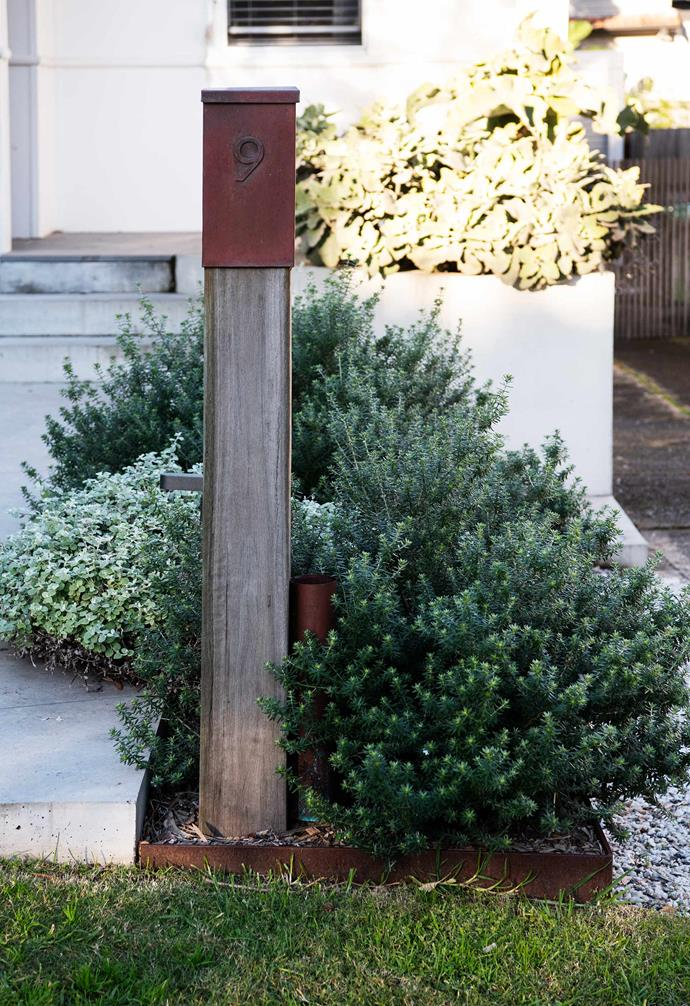 """A striking Kate Kelly letterbox from [Robert Plumb](https://robertplumb.com.au/