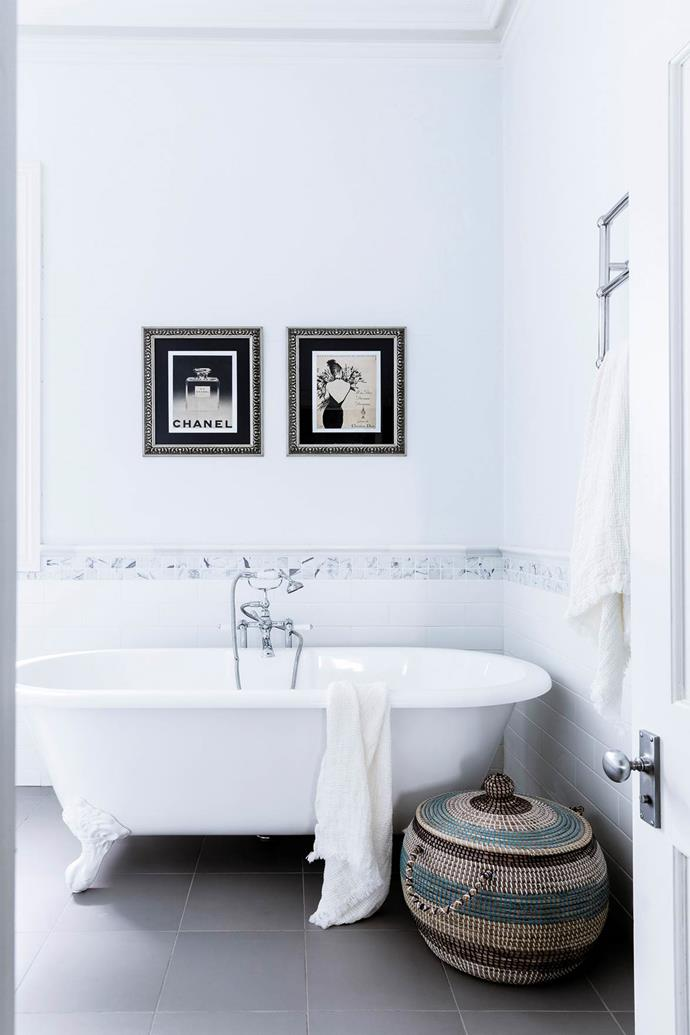 """The glamorous but classic bathroom in [Georgie Abay's Sydney home](https://www.homestolove.com.au/georgie-abay-house-20463