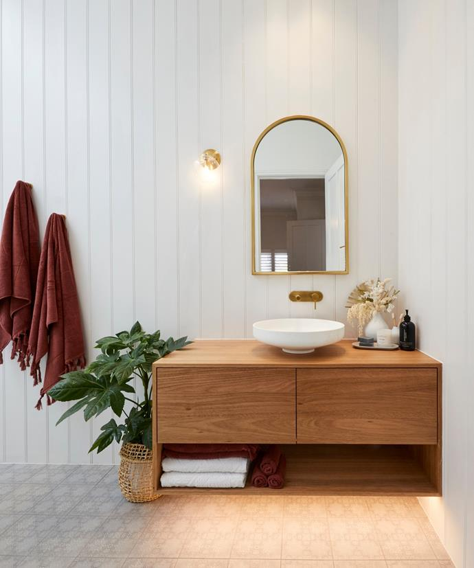 """**Week 2, Guest Ensuite** Luke and Jasmin found their style in Week 2 and wowed the judges with their [guest ensuite](https://www.homestolove.com.au/the-block-2020-guest-ensuite-reveals-21798