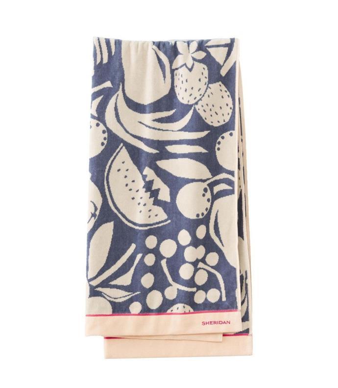 "Sheridan 'Kahala' beach towel, $49.99, [Myer](https://www.myer.com.au/p/sheridan-kahala-beach-towel|target=""_blank""|rel=""nofollow"")"