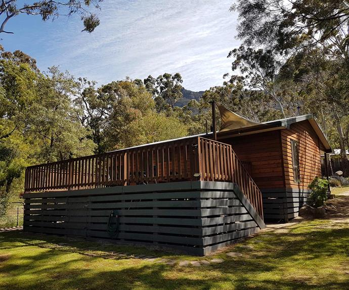 "**[Algona Views, Halls Gap, VIC](https://www.stayz.com.au/holiday-rental/p9200523|target=""_blank""