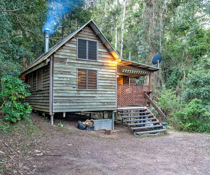 "**[Bellbird Studio, Kenilworth, QLD](https://www.stayz.com.au/holiday-rental/p9115229|target=""_blank""