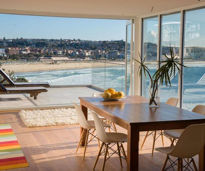 "**[Bondi Beach Penthouse](https://www.stayz.com.au/holiday-rental/p9177347|target=""_blank""