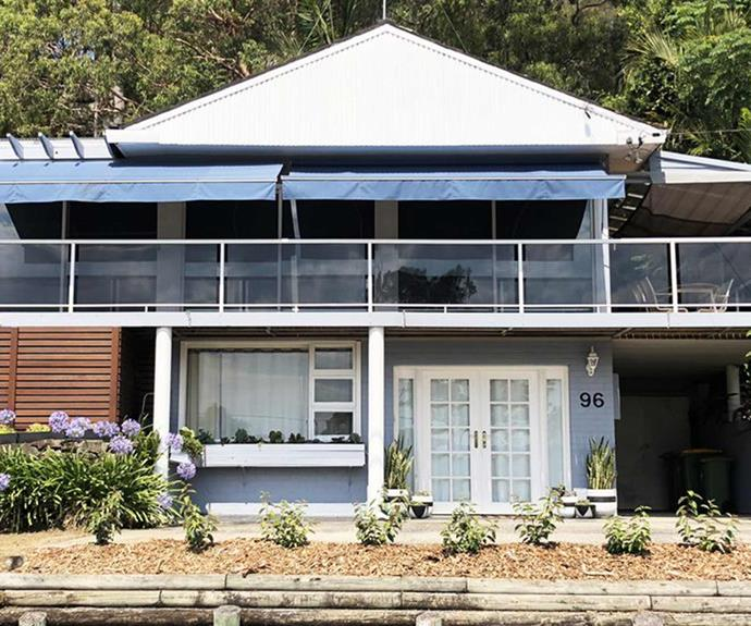 "**[No 96 at Pretty Beach, Killcare, NSW](https://www.stayz.com.au/holiday-rental/p9211387|target=""_blank""