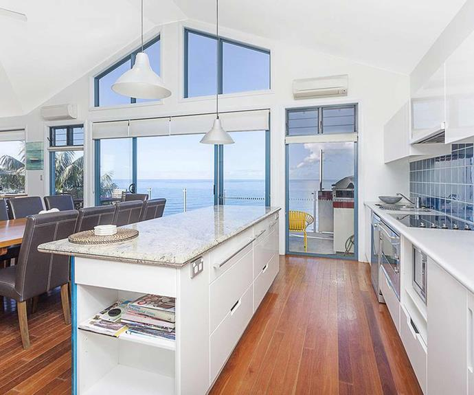 "**[Water's Edge, Wollongong, NSW](https://www.stayz.com.au/holiday-rental/p7640702|target=""_blank""