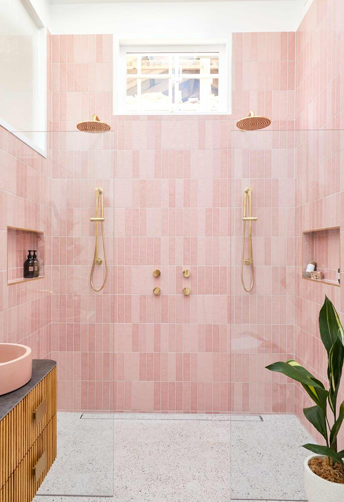 "**[Week 4, Master Ensuite](https://www.homestolove.com.au/the-block-2020-master-ensuite-reveal-21848|target=""_blank"")** Seeking to create a dreamy Palm Springs-style ensuite for their master bedroom, Jimmy and Tam delivered a pretty-in-pink confection that had Shaynna Blaze exclaim, ""this bathroom tells me that Jimmy and Tam know exactly how to build a space that makes your heart sing and makes you happy – the colour palette is divine."""