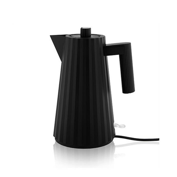 "Alesse 'Plisse' electric kettle, $250, [David Jones](https://www.davidjones.com/brand/alessi/kitchen/kettles/22848852/Plisse-Electric-Kettle-In-Black.html|target=""_blank""
