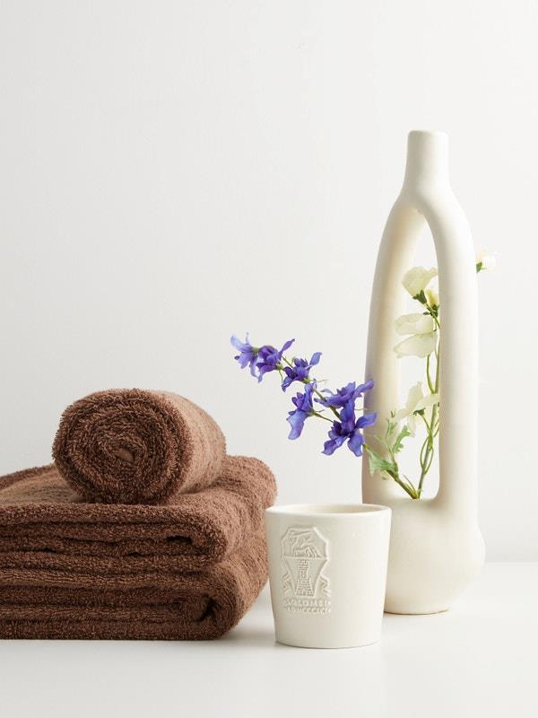 "TEKLA Organic-cotton bath towel, $75, [MatchesFashion](https://www.matchesfashion.com/au/products/Tekla-Organic-cotton-bath-towel%09-1347045|target=""_blank""|rel=""nofollow"")"