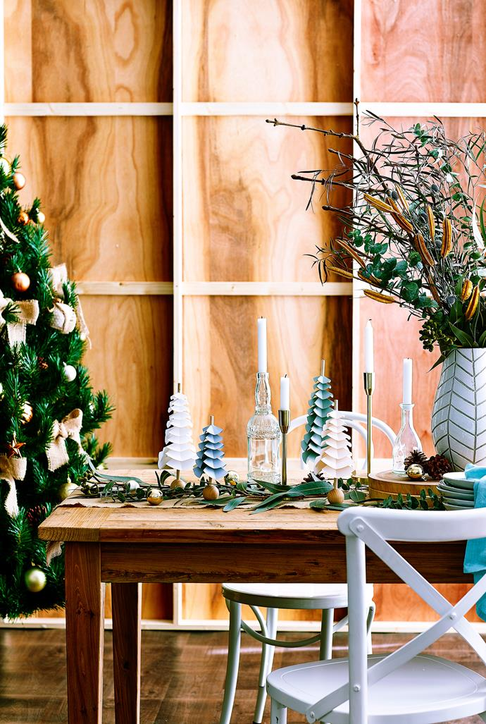 ">> [How to get organised for Christmas](https://www.homestolove.com.au/christmas-organisation-tips-9380|target=""_blank"")."