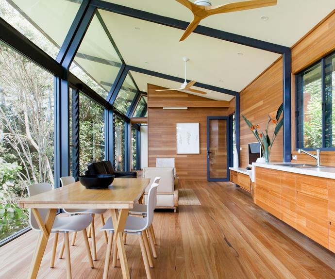 "**[Treehouse in Coopers Shoot, NSW](https://www.airbnb.com.au/rooms/plus/11088697?source_impression_id=p3_1602049054_NHvTYlFo60qnnRoC|target=""_blank""