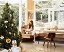 4 contemporary Christmas tree colour schemes