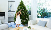 10 ways to create a coastal-inspired Christmas