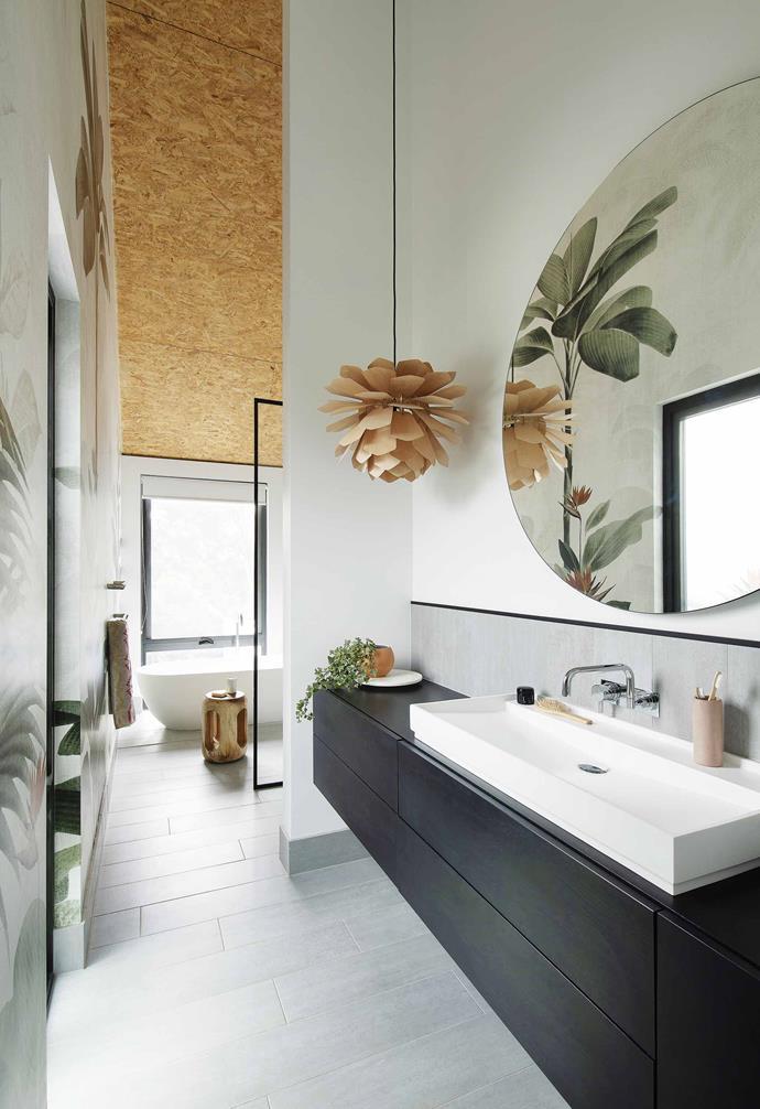 """>> [5 ways to organise your bathroom vanity](https://www.homestolove.com.au/organise-bathroom-vanity-14554 target=""""_blank"""")."""