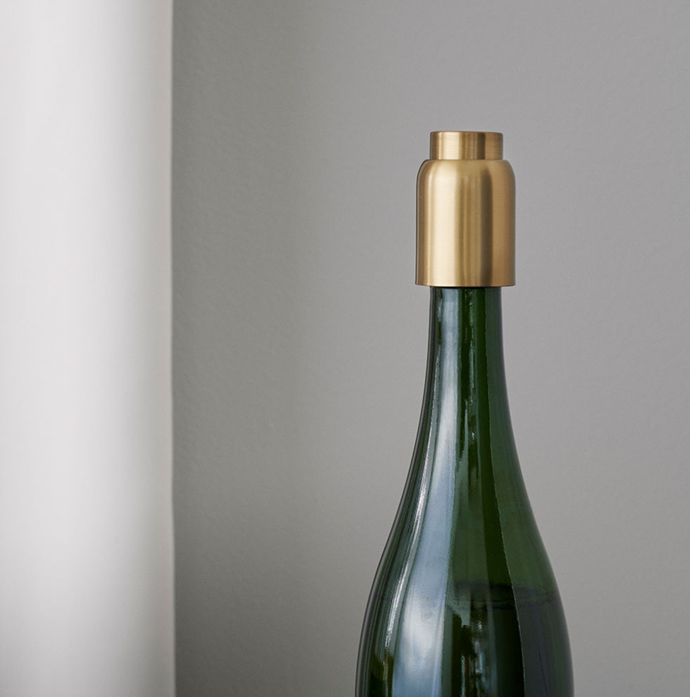 "Stelton | collar bottle stopper, $69.95, [Top3](https://top3.com.au/categories/bar-and-wine-and-water/bar---accessories/collar-bar-series/st419|target=""_blank""