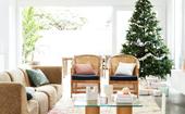 A true Australian Christmas in a 1970s beach house