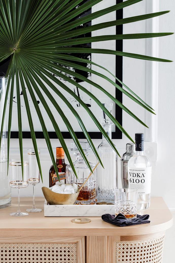 """A self-serve bar cart or DIY cocktail station is a [perfect addition to any at-home dinner party](https://www.homestolove.com.au/dinner-party-tips-4421