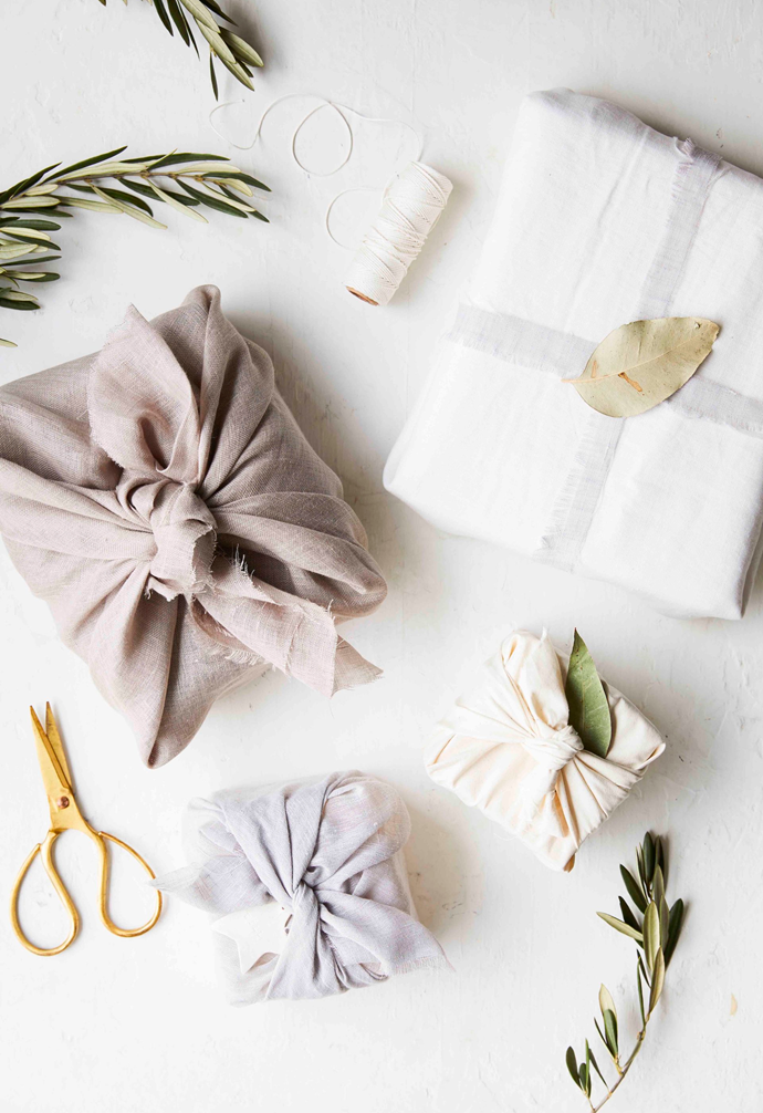 **Tip:** Select soft, natural fabrics such as linen or cotton for a touch of elegant simplicity.