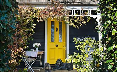 10 homes that feature yellow in their interior decor with effortless style