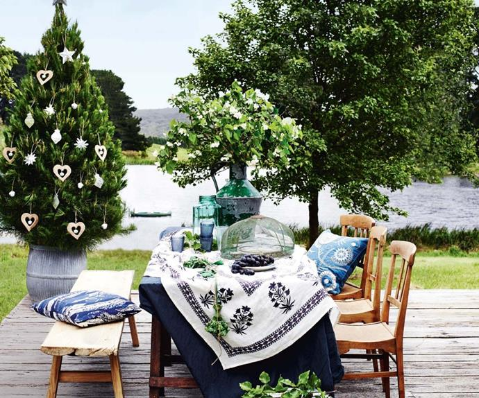 Outdoor dining table with Christmas decorations