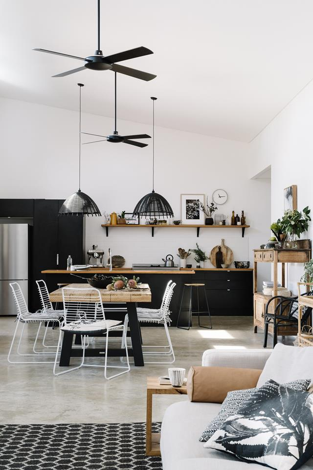 """The lifelong pull of the bush inspired Tanya and her husband, Duncan, to buy a 1.4-hectare block of land at Yallingup, two-and-a-half hours south of Perth. They opted for a simple but sophisticated [shed-style home](https://www.homestolove.com.au/colorbond-shed-house-21507