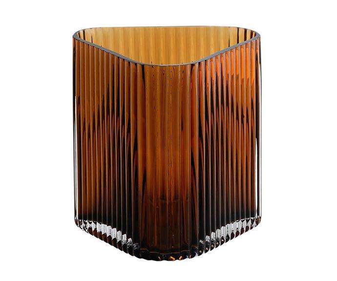 "Profile vase in Coffee, $29, [Marmoset Found](https://marmosetfound.com.au/|target=""_blank""|rel=""nofollow"")."