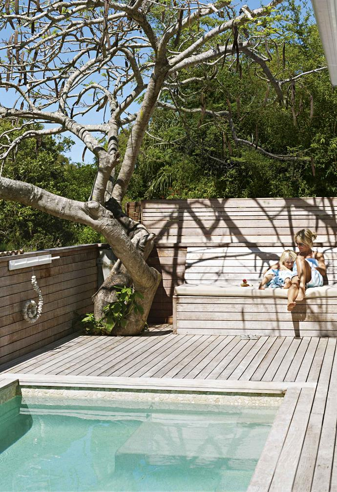 """An [outdoor deck is an easy way to create a multi-functional outdoor entertaining area](https://www.homestolove.com.au/outdoor-deck-tips-14347