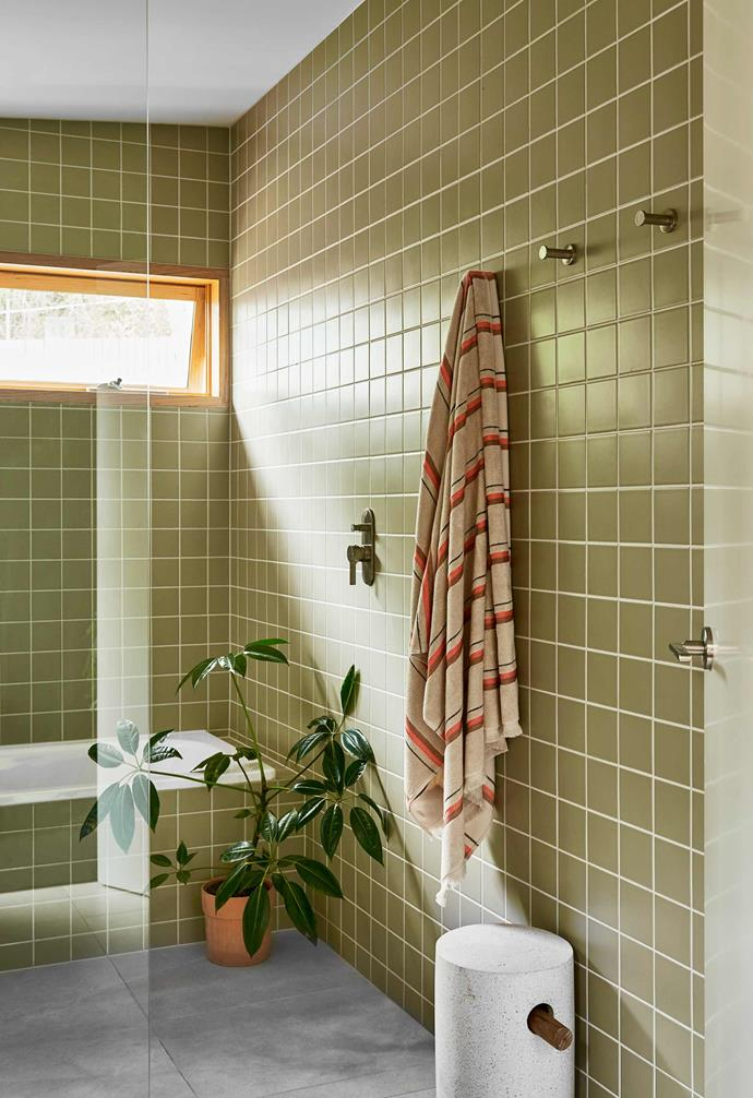 "**Main bathroom** Natural light streams into the wet zone, anchored by stone tiles from [Cerodomus](https://www.cerdomus.com.au/|target=""_blank""