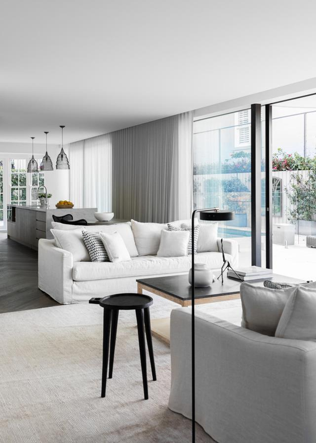 """If there's one layout style Australians have embraced with open arms, it's open-plan. Find out [how to make it work](http://www.homestolove.com.au/overcoming-the-obstacles-of-open-plan-living-4372
