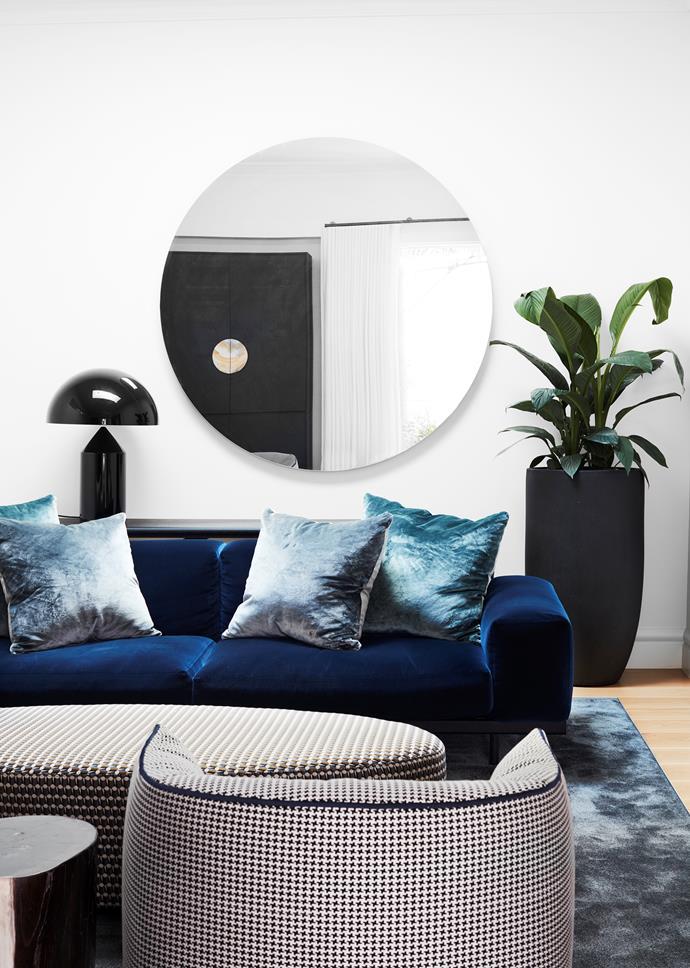 Arflex 'Naviglio' sofa, Space.