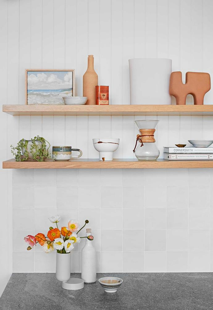 """**Details** """"These items are practical to use, but also look pretty on display,"""" says Caitlin. Vases and white bottle, [Jardan](https://www.jardan.com.au/ target=""""_blank"""" rel=""""nofollow""""). Artworks by Rachel Stevens."""