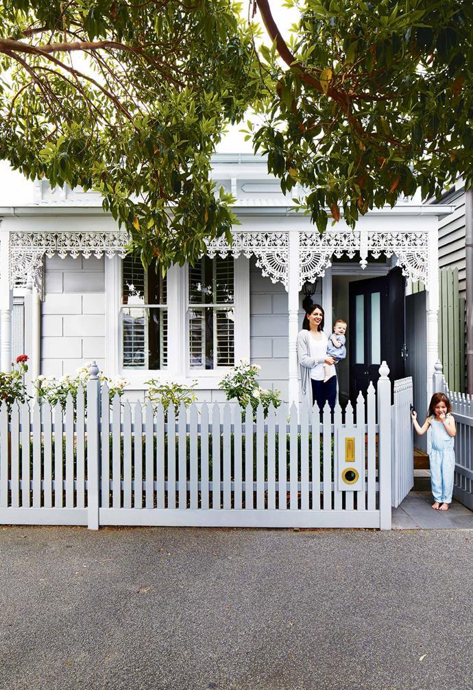 ">> [10 of the best modern fence design ideas to inspire you](https://www.homestolove.com.au/modern-fence-design-ideas-17778|target=""_blank"")."